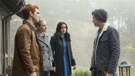 'Riverdale' EP Says Bughead Is 'Solid' for Now, But the