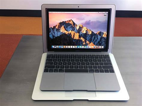 MacBook Kaby Lake review: Pricing, Specifications, and