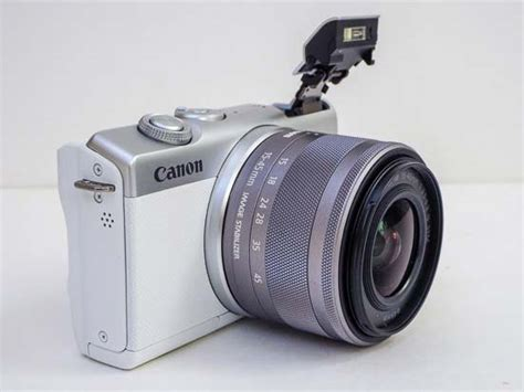 Canon EOS M200 Review - Product Images   Photography Blog