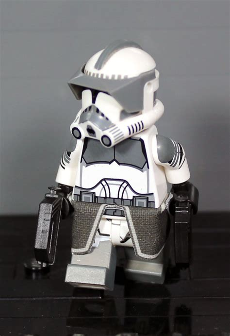 Clone Army Customs | P2 Shock Gray Commander (With images