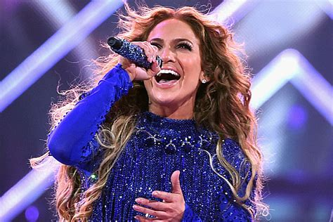 Jennifer Lopez Covers Prince and More at Pre-Super Bowl