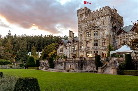 Five must-see castles in Canada - YourAmazingPlaces
