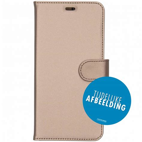 Accezz Booklet Wallet Gold Galaxy S10 Lite | More Cases